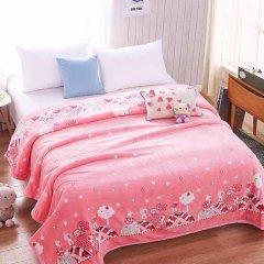 法兰绒毛毯可铺可盖200*230花色随机